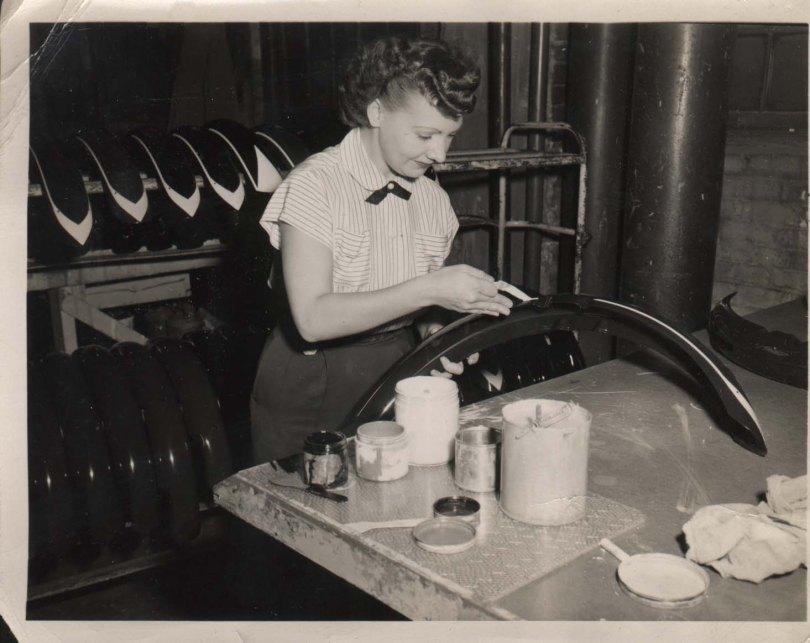 schwinn paint circa 1950.jpg