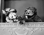 759px-Olivia_and_Ollie_Dragon_Kukla_Fran_and_Ollie