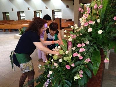 Flower-Ladies3