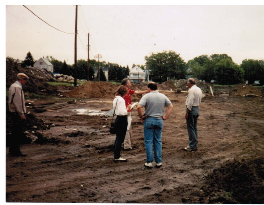 19900501 lot 30 looking east